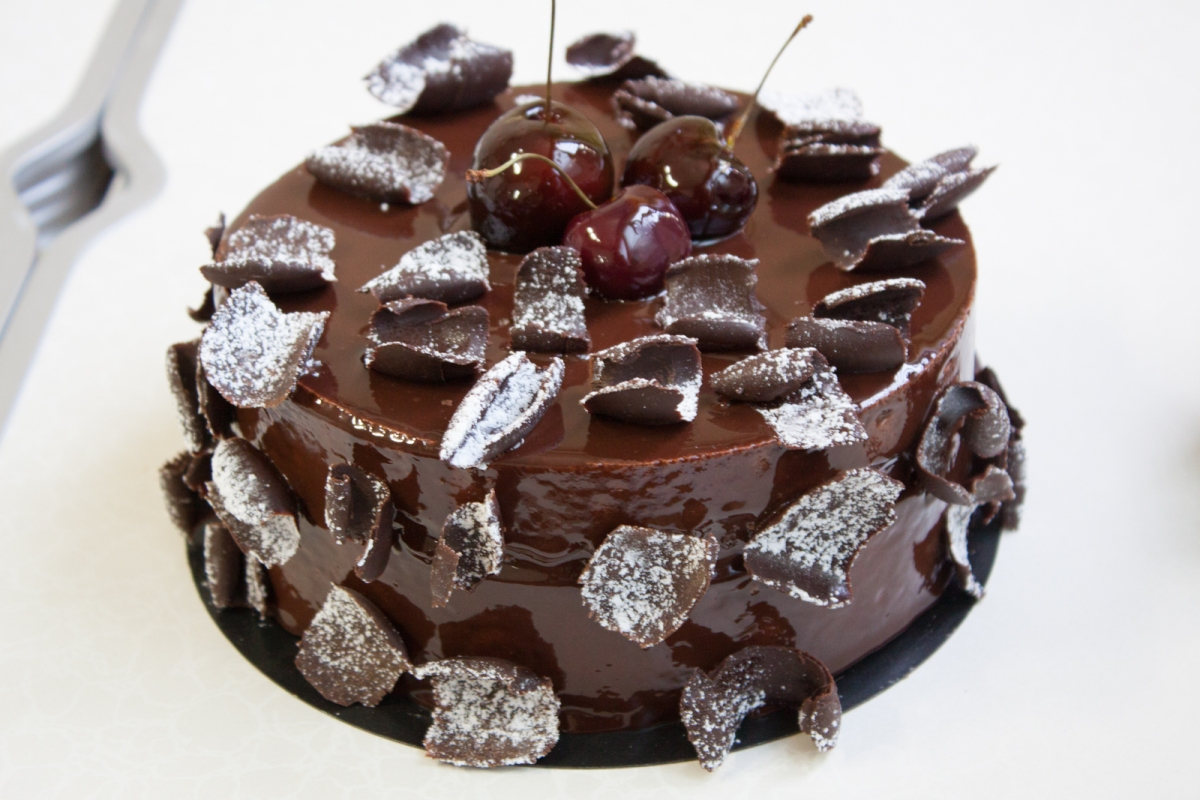 Front Fr Full together with Front Es Full additionally  besides Img in addition Foret Noire V Of. on made of chocolate cacao